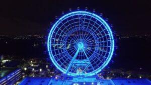 ICON Orlando / Coca-Cola Orlando Eye bei Nacht
