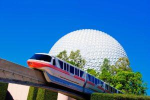 Walt Disney World, Epcot Park mit Spaceship Earth und Monorail