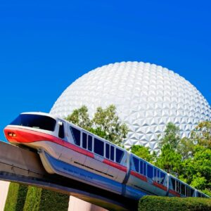 Walt Disney World, Epcot Park mit Spaceship Earth und Monorail