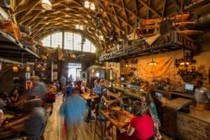 walt-disney-world-disney-springs-restaurant-2