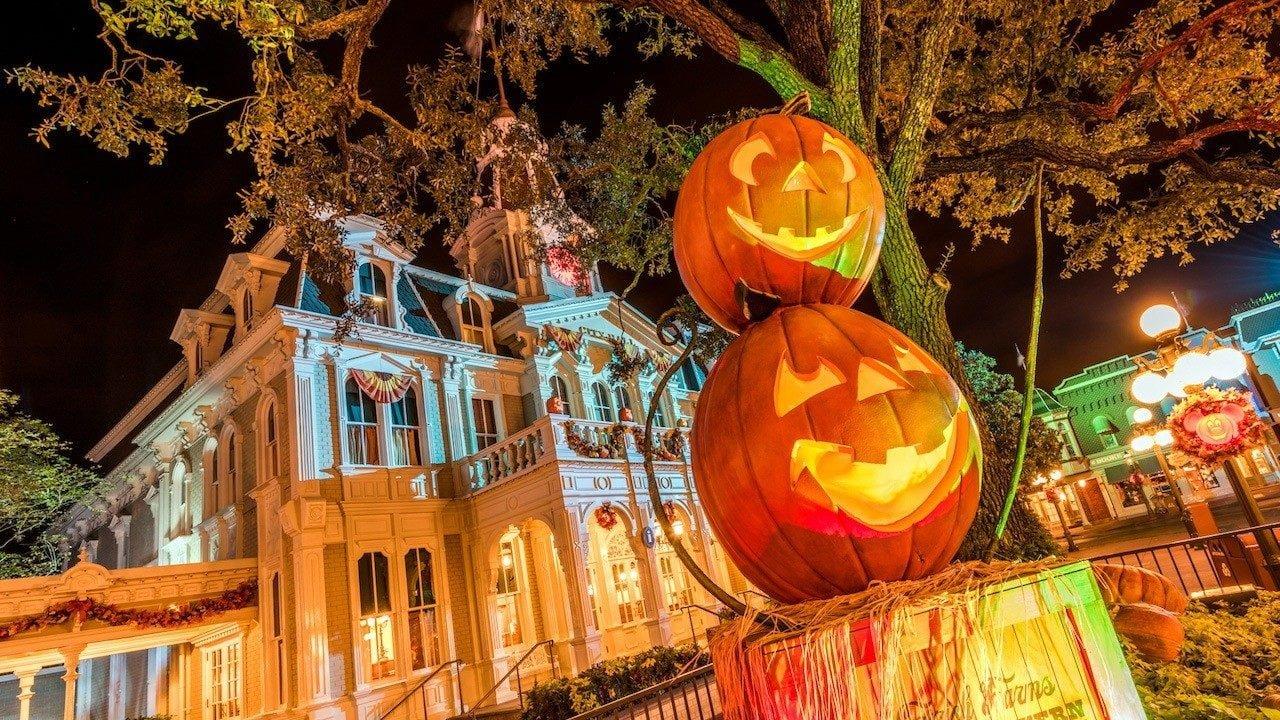 Halloween im Magic Kingdom Freizeitpark (Walt Disney World)