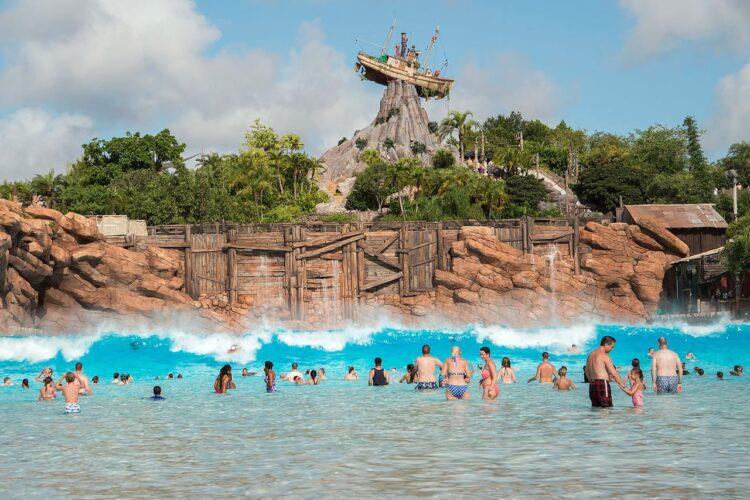 Lagoon Surf Pool Disneys Typhoon Lagoon
