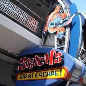 Damals, als Stitch's Great Escape noch für kurze Schreckmomente sorgte (2014): Eingang