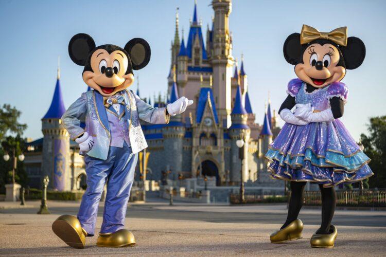 Minnie und Mickey in Feier-Kostüm (50. Jahre-Jubiläum Walt Disney World)