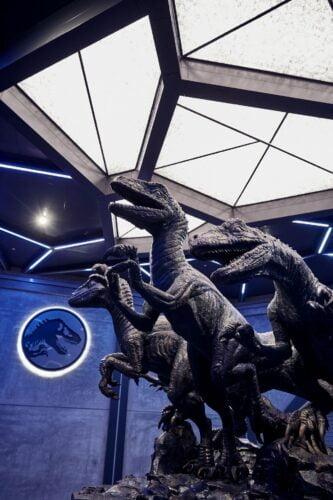 Eröffnungsdatum für Jurassic World VelociCoaster: Wartebereich