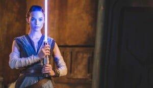 Ein echtes Star Wars Lichtschwert in Orlandos Freizeitparks